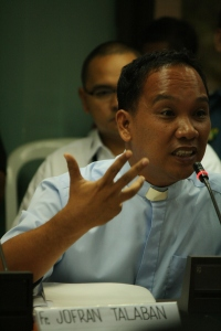 congress hearing 060811 033 Photo by Rommel Yamzon