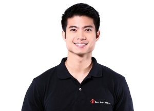 Mikael Daez represents Save the Children